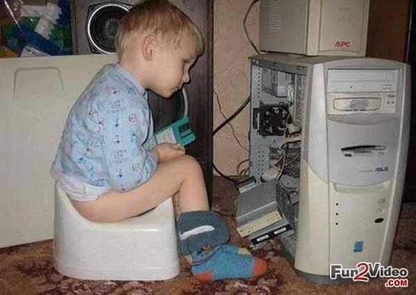 1537594542-computer-engineer-funny-baby.jpg
