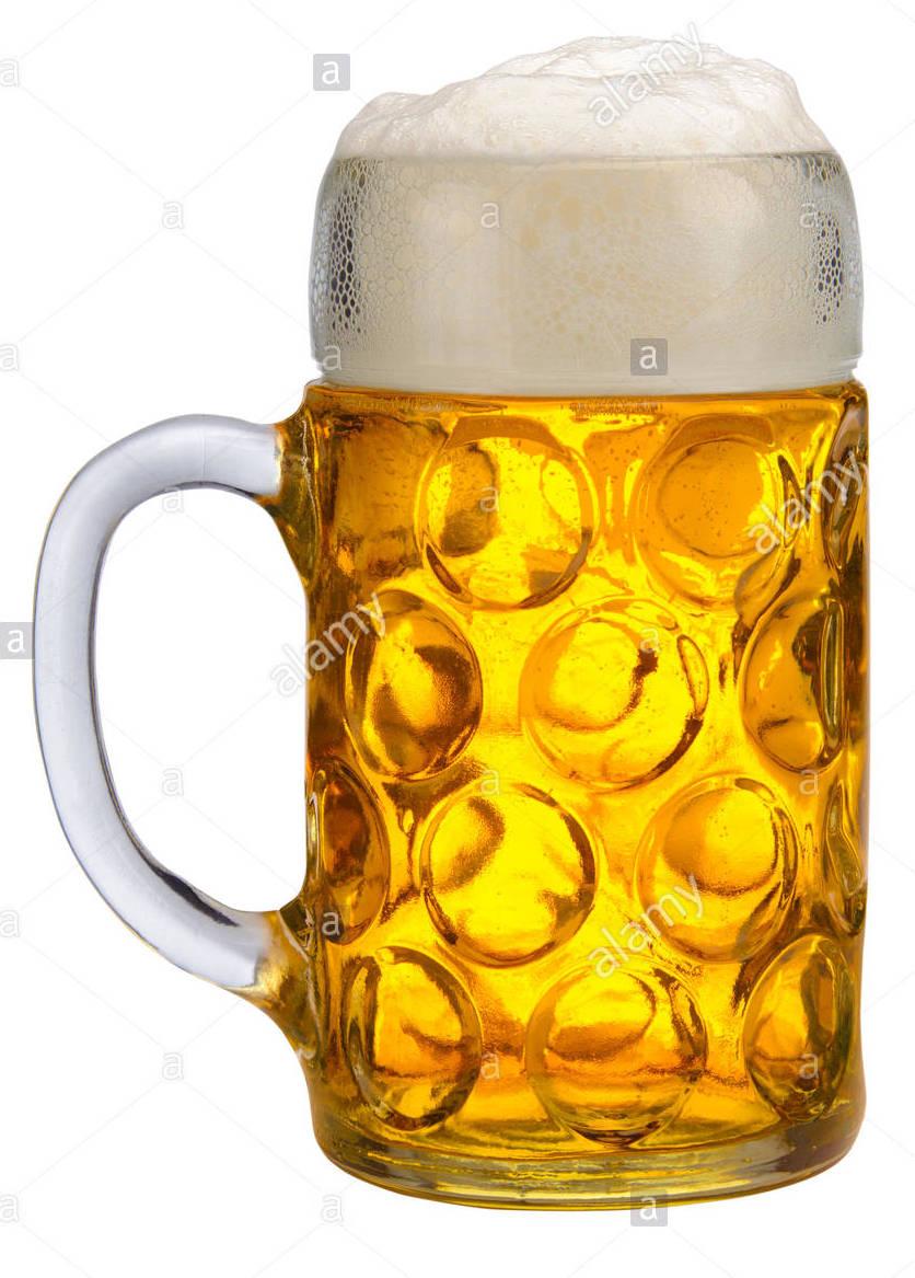 grosses-glas-gefullt-mit-bavarian-lager-bier-isoliert-ma89a4.jpg