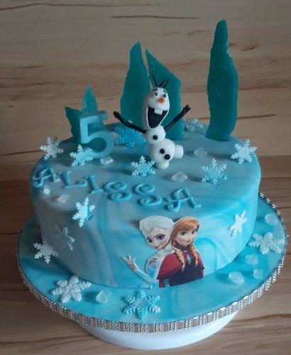 Eiskönigin Torte.jpg