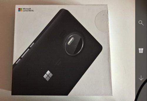 Lumia 950 XL - Foto App - Navigationsleiste mit Transparenz.jpg